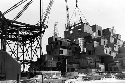 Construction of Habitat '67 building
