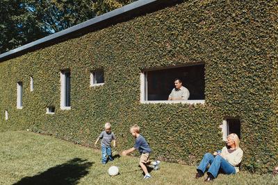 baird house side yard portrait