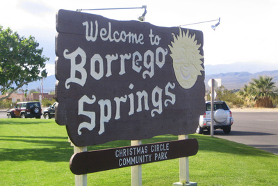 borrego springs welcome sign
