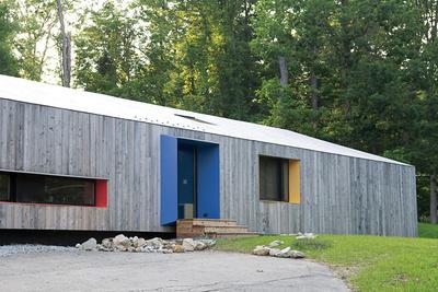brighten the corners exterior facade  1