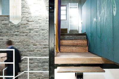 shanghai surprise stairs
