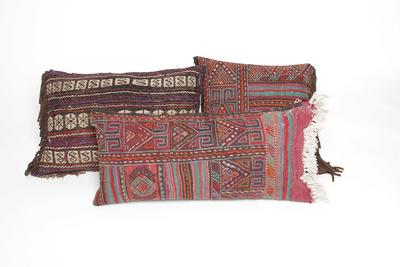 commune vintage pillow