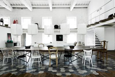 italian interior dining room