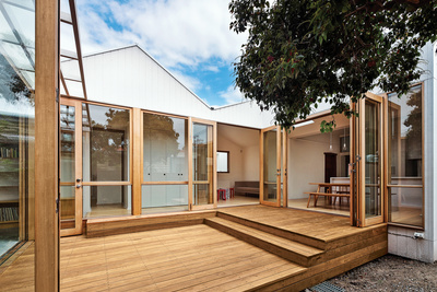profile house deck