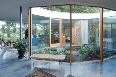 courtyard house glass courtyard