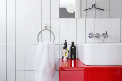Sabi Space towel ring, a universal design accessory for the bathroom by MAP Barber Osgerby