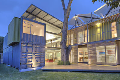 casa incubo costa rica shipping container home angular