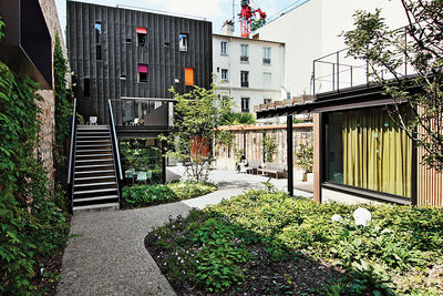 case study paris damien brambilla adolescent home renovation racade outdoor garden