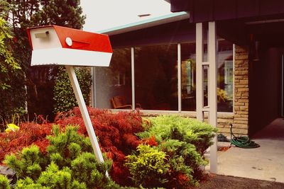 Mailbox inspired by midcentury modern design