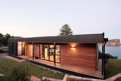 speed machine australian beachside prefab archiblox facade colorbond ultra steel cladding queensland blue gum wood