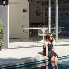 inside out los angeles home barbara bestor hollywood outdoor facade charcoal paint pool