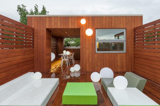 switch over chicago smart renovation penthouse deck smar green ball lamps quinze milan lounge furniture garapa hardwood