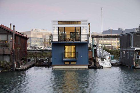 San Francisco floating home exterior