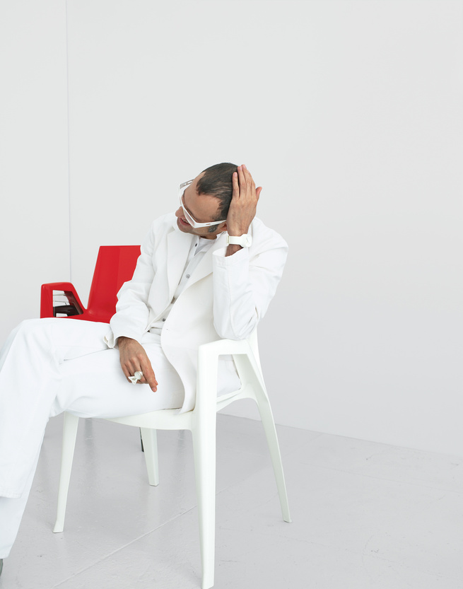 Karim Rashid Reviews 4 Luxury Plastic Chairs | Dwell