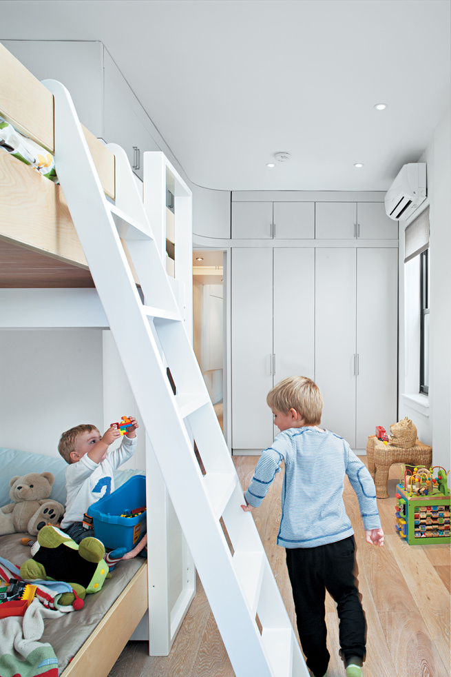 Little boy's bedroom with bunk bed and ladder