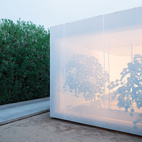 The screen shifts between being opaque and semitransparent.
