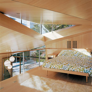 clerestory window in modern cottage in connecticut