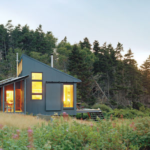 Exterior view of modern cottage in Maine