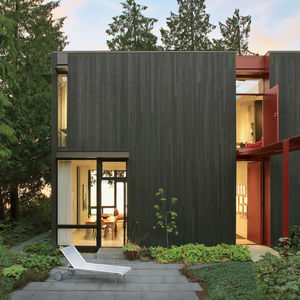 steel facade home in Seattle
