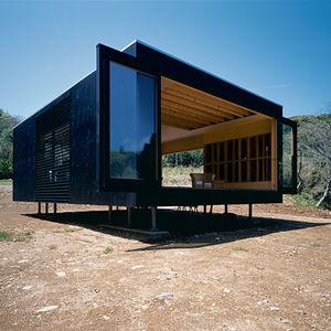 watanbe residence exterior view sliding panels  0