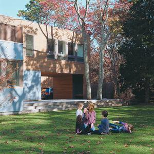 zim wex house exterior portrait lawn  0