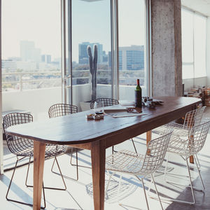 bertoia wire chair dining room