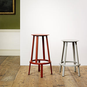 01 hay revolverstool bar red counter grey 01 0