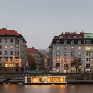 The Port X Modular house on the Vltava River in Prague
