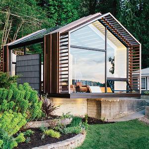 vashon show garage glass facade  0