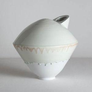 matthias kaiser madara manganese turtle vase