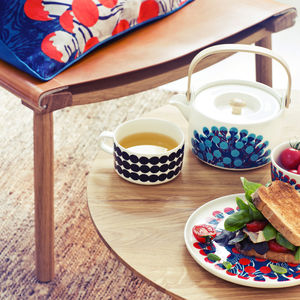 marimekko patterned teapots plates  0