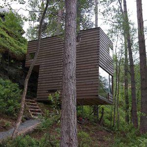 juvet hotel norway lumber clad cabins