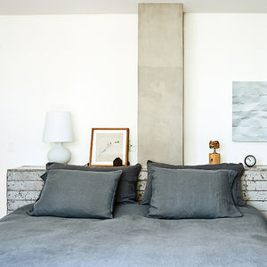 jardins party bedroom concrete headboard