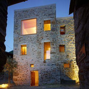 scaiano stone house