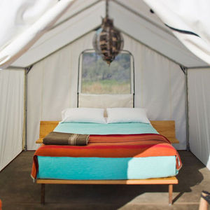 marfa tentbedroom elcosmico
