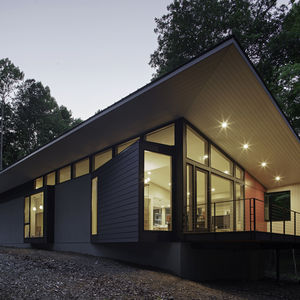 Durham, North Carolina home with stucco and Hardie board exterior