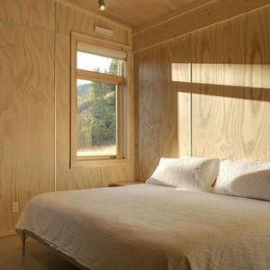 pine forest cabin bedroom 0 anlge  0