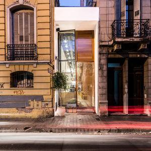 el papagayo tiny restaurant argentina narrow corridor