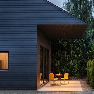 pow garden house 0