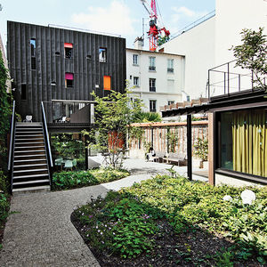 case study paris damien brambilla adolescent home renovation racade outdoor garden