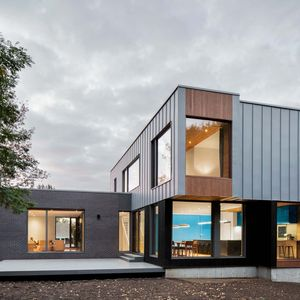 Facade of Quebec renovation by Naturehumaine.