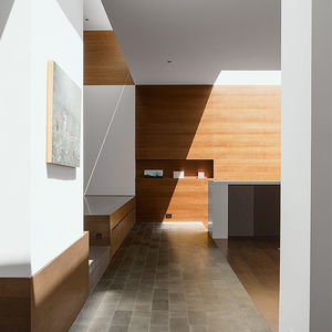 San Francisco residence with natural light and hidden fixtures