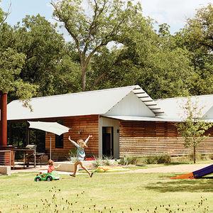 Modular Texas home facade and yard