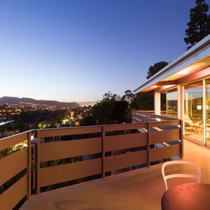 Gray-painted steel patio of prefab Los Angeles home by Marbletecture.