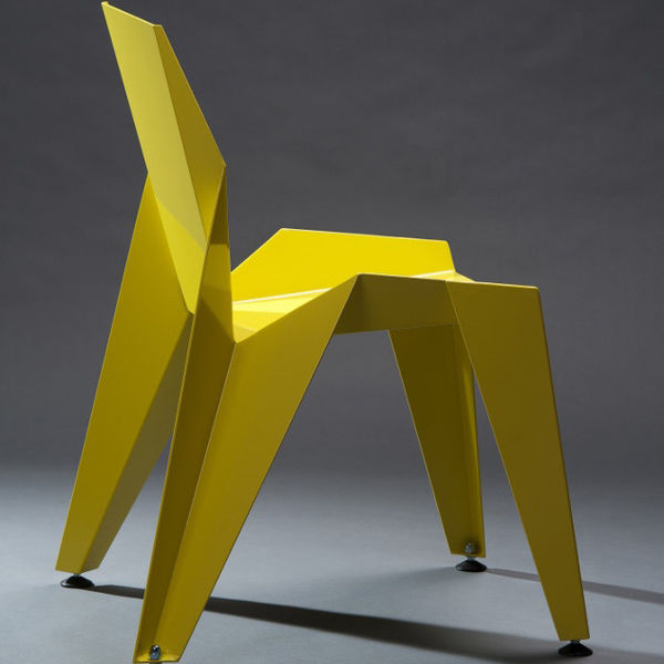 novague chair design