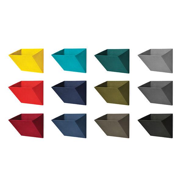 modern furniture design workplace office objekten leaning wall pockets