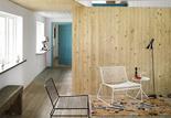 2lasc summerhouse skane livingroom library