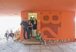 villa van vijven portrait garage doorway