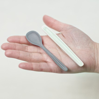 Porcelain Demitasse Spoons by Studio Nathalie Lahdenmäki
