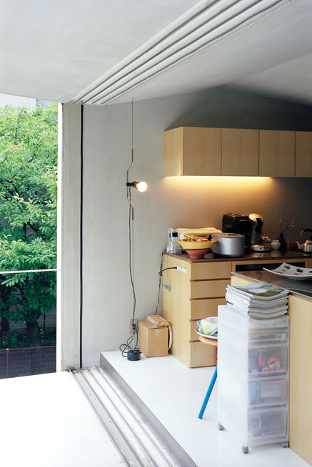 Slideshow: Small Space Live/Work Box Home in Japan | Dwell